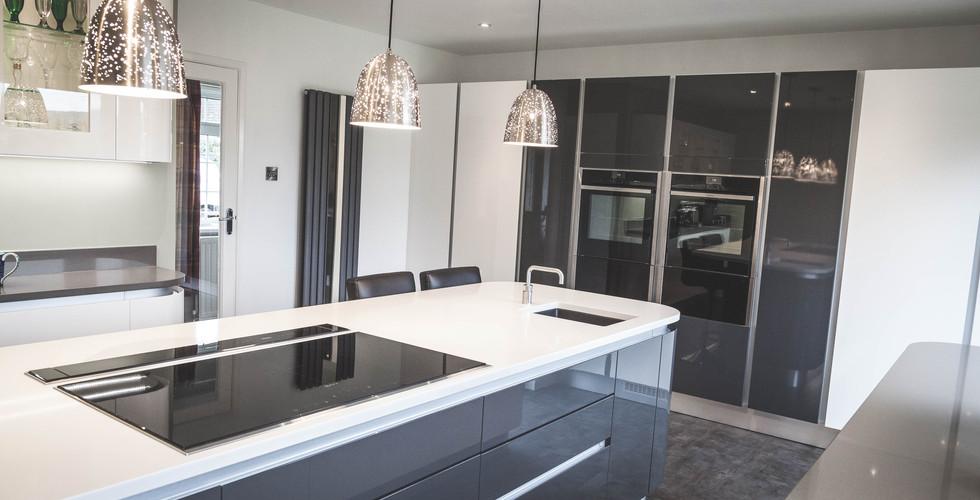 Modern Gloss Kitchen (6).jpg