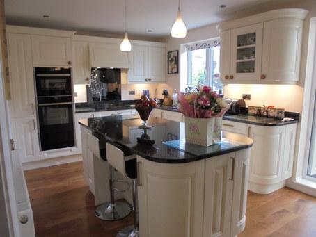 Kitchen Style: Coleridge in Alabaster
