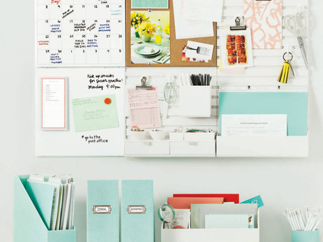 Start The New Year With An  Organized Desk