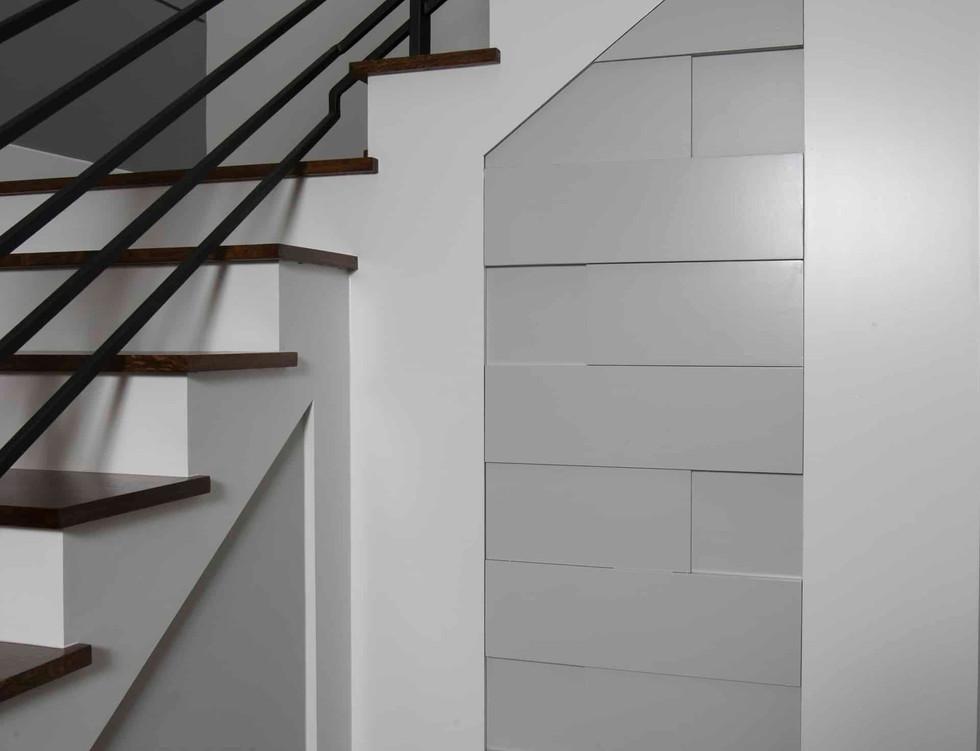 1411ashland-contemporary-stairwell-hidde