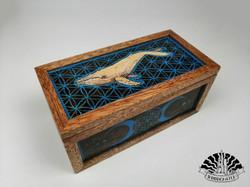 Whale in the blue ocean - keepsake box