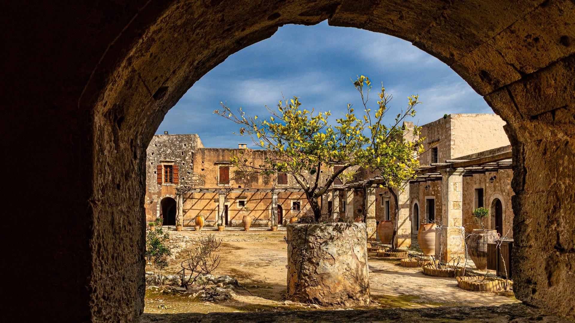 Monasterio Arkadi.jpg