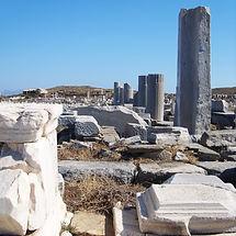 ruins-1221307_1920_edited.jpg