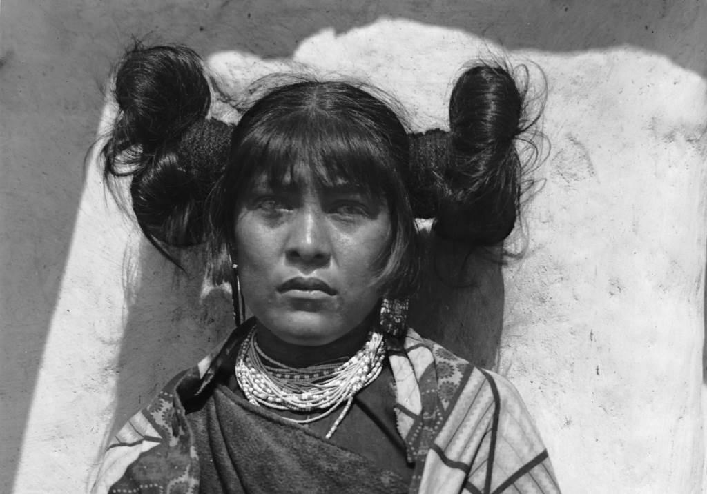 Hopi Lady at Old Oraibi