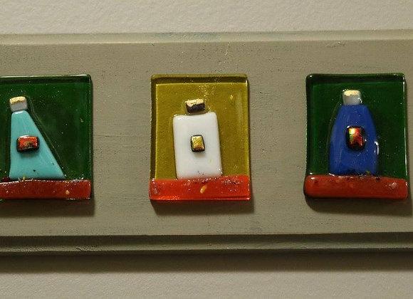 Reyes Plaques - light gray/yellow/green