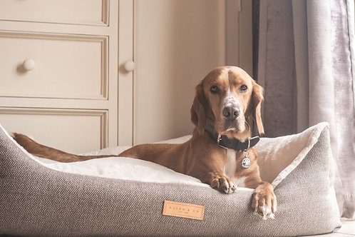 HERRINGBONE DOG BED - LINCOLN NEST