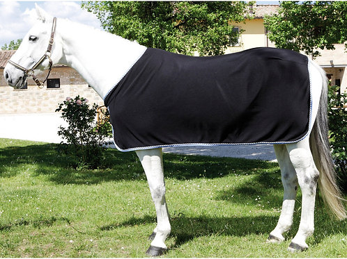 Quilted 420D nylon outer shell with polyfill 330 gr. padding. Provided with velc