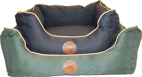 COUNTRY PET WATERPROOF DOG BED