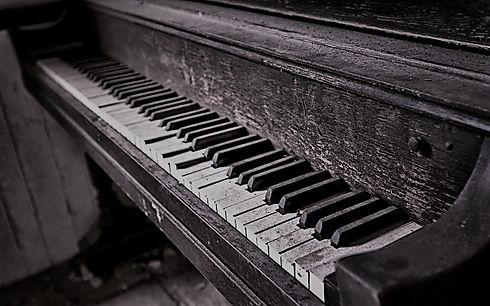 piano viejo 2.jpg