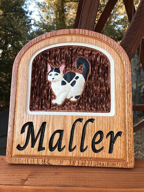 Indoor personalized cat plaque
