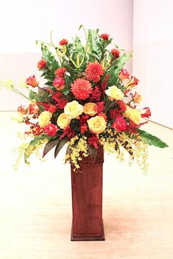 音楽ホール舞台花装飾