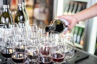 Large_JPG-Wanaka-Pembroke-Wine-Spirits-VictoriaCaffrey 18.JPG