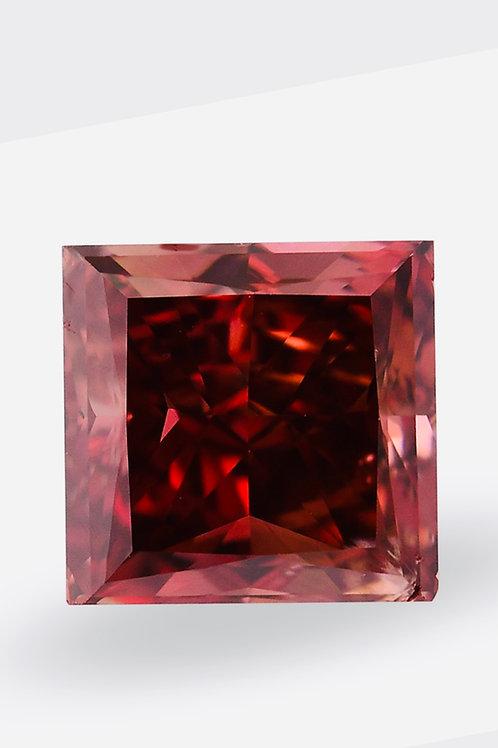ROTER Diamant, sehr seltener Diamant, Diamant im PRINZESSIN-Schliff