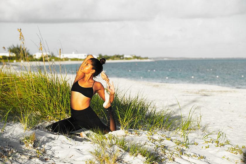Lizzie foster yoga grace bay