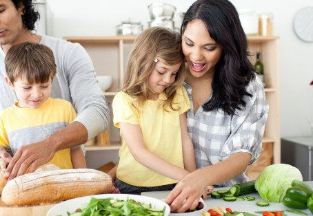 How to Start Eating Healthier as a Family