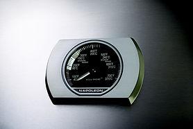 P500-1-temp-gauge-napoleon-grills.jpg