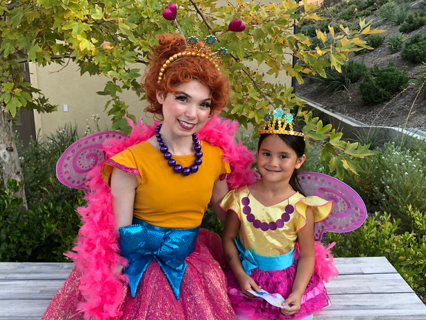 Fancy Nancy Character for Parties In Los Angeles