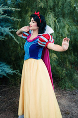 Snow White Princess Character for Birthday Parties in Los Angeles
