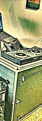 DJ equipament
