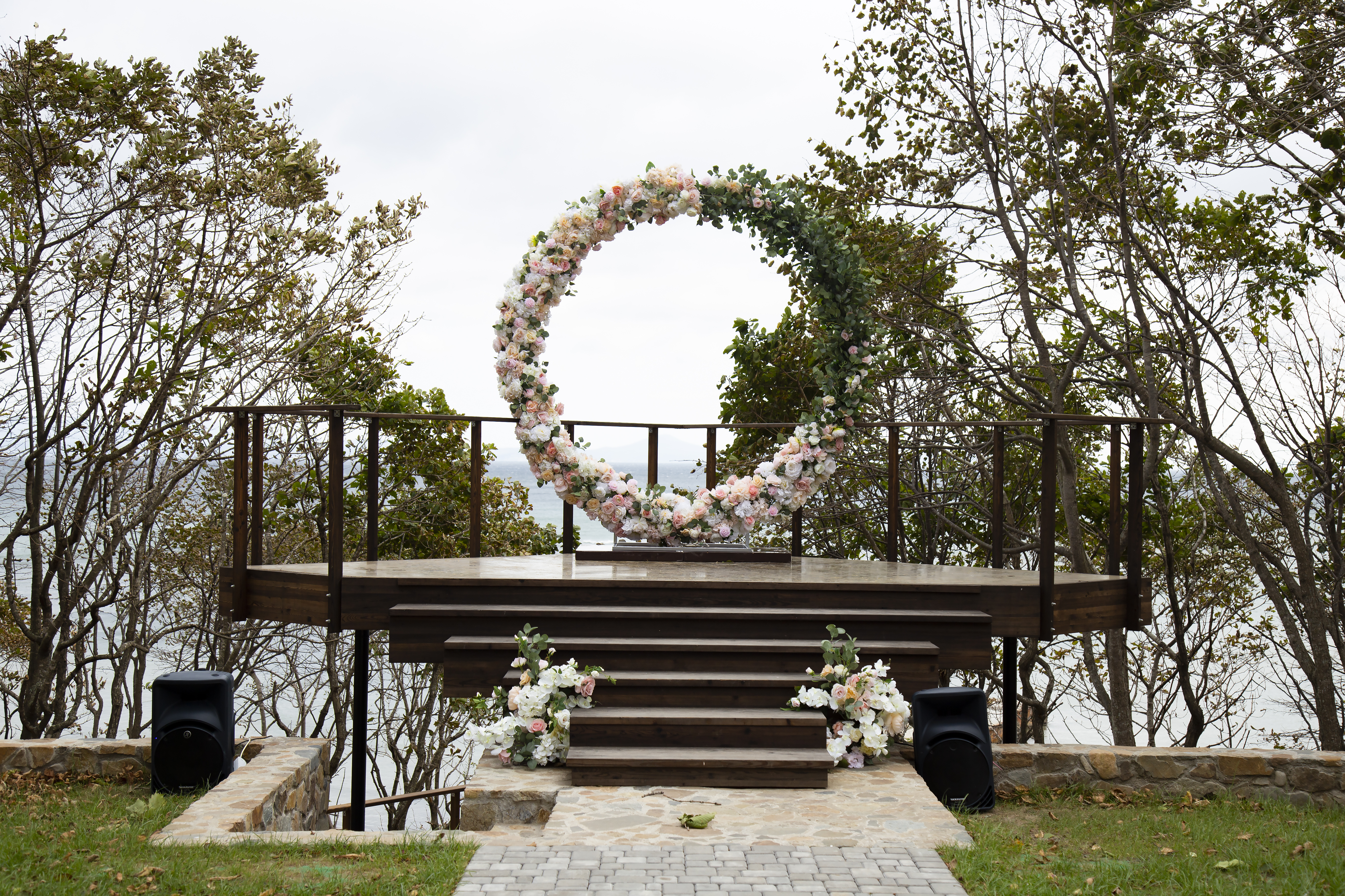 оформление выездной церемонии декор свадьбы свадеб владивосток