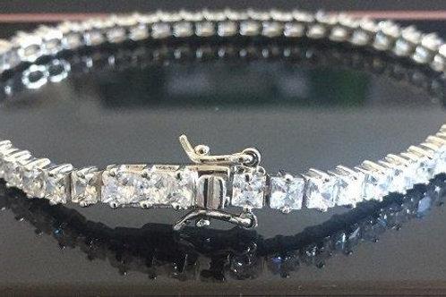 925 Sterling Silver  Princess cut tennis bracelet
