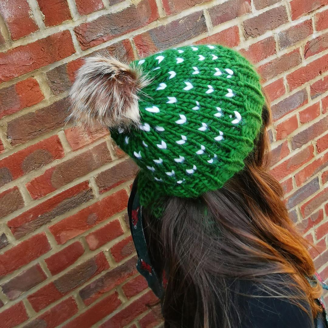 Green mini tick hat
