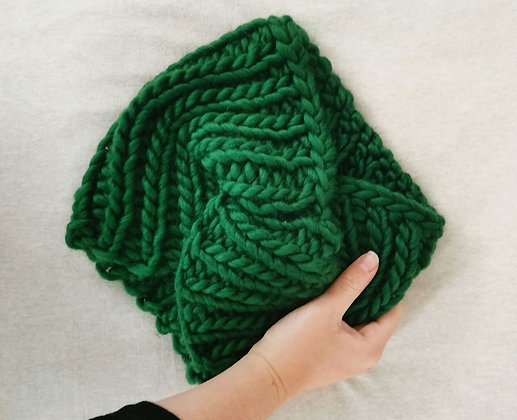 Green Twisted Snood / Neck warmer