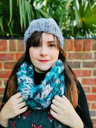 Uber Snood in Blue