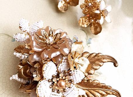 Costume jewelry brooch『Je pense á vous』