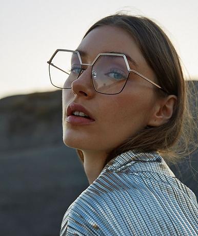 Retrouvez les lunettes GiGi Studios à Salon, Miramas, Lançon et Saint-Martin de Crau chez votre opticien Optique BLANC.