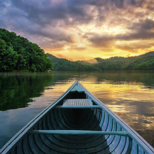 canoe-blue.png