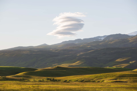 Chase Teron Highlands Iceland