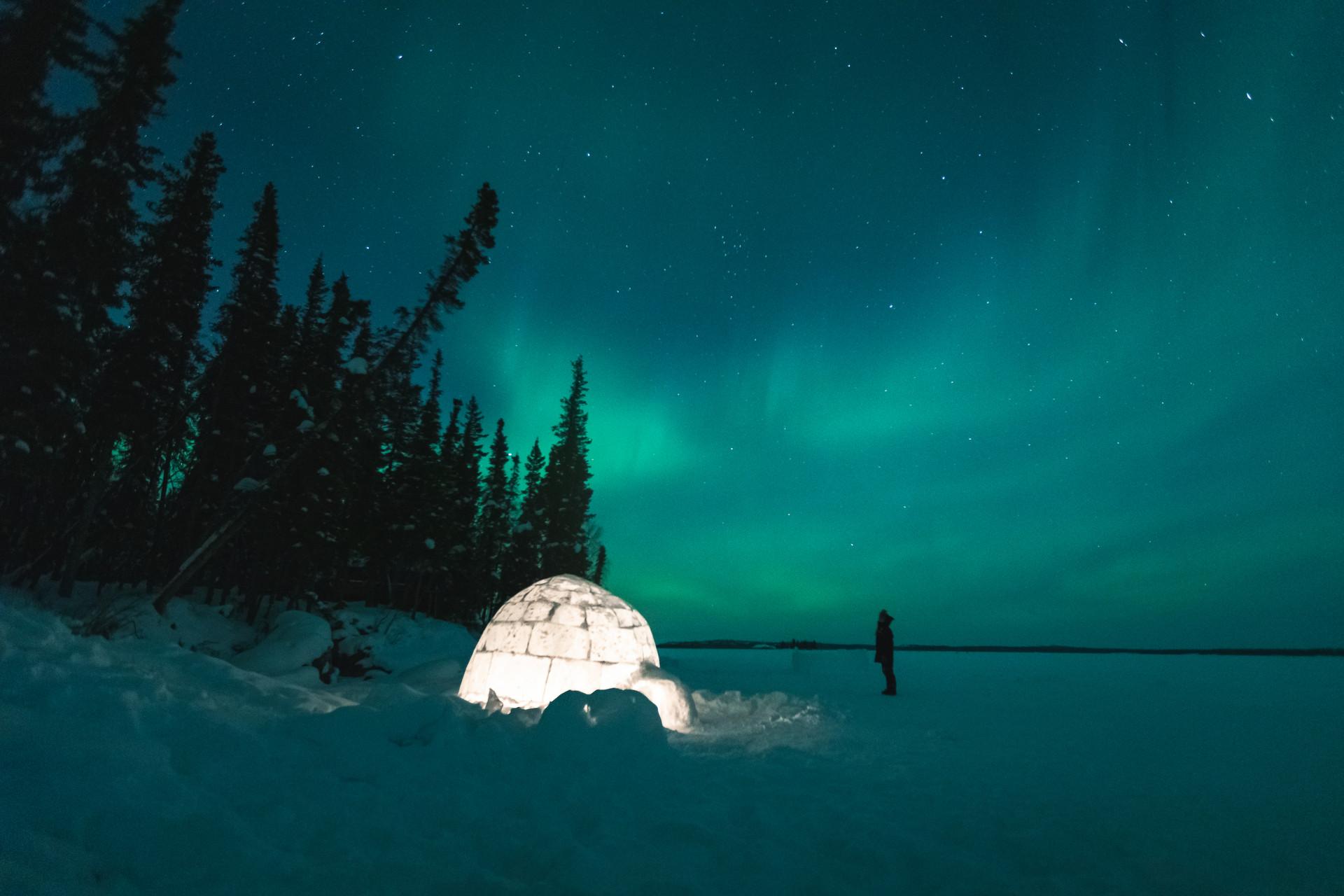 Auroras Blachford Lake Lodge by Jenni Lisacek