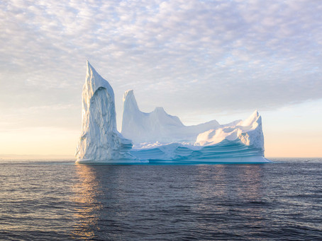 Where and When to see The Big Icebergs in Greenland