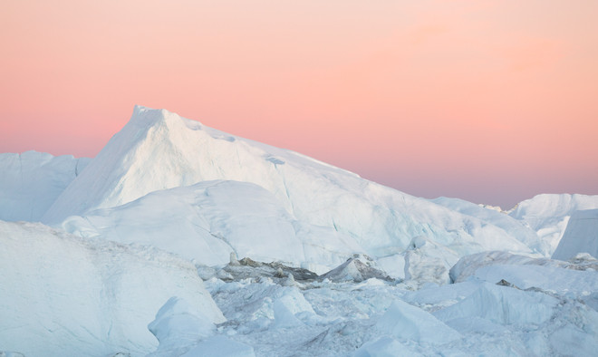 Jenni Lisacek Ilulissat Greenland Photography Tour 2020 by Artica Studios