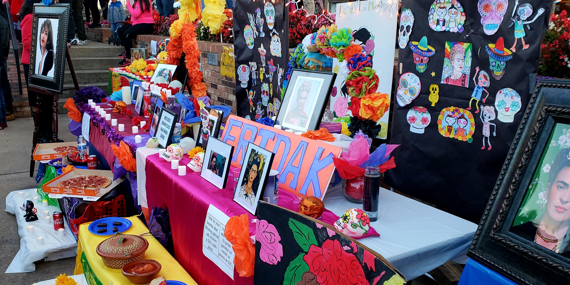 A Dia de los Muertos Altar from the Student Competition