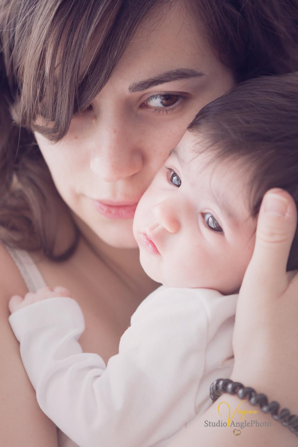regards mere et bébé