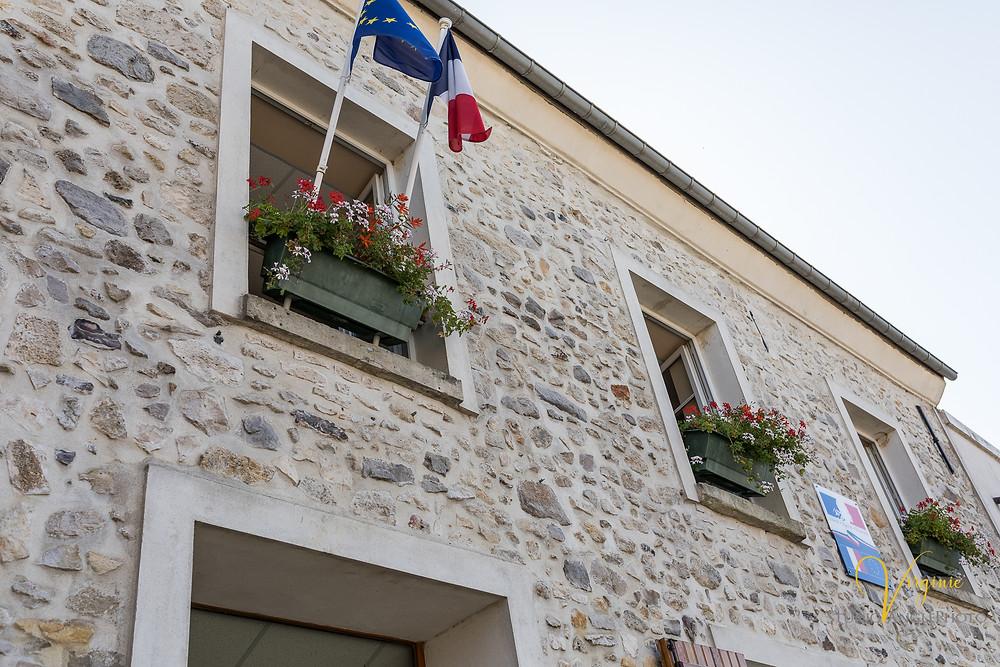 mairie de Péroy les Gombries