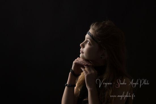 regard jeune fille