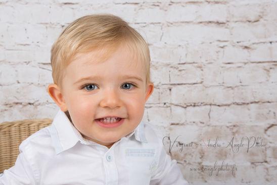 sourire petit garcon