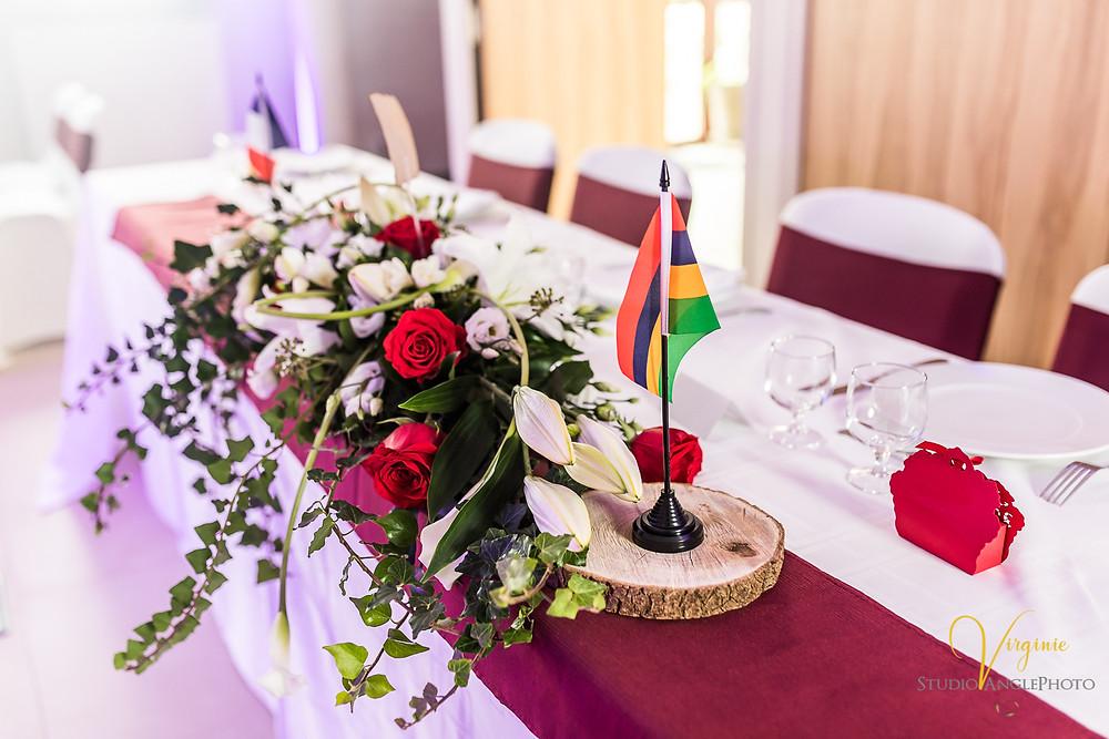 décoration des tables avec le drapeau mauricien