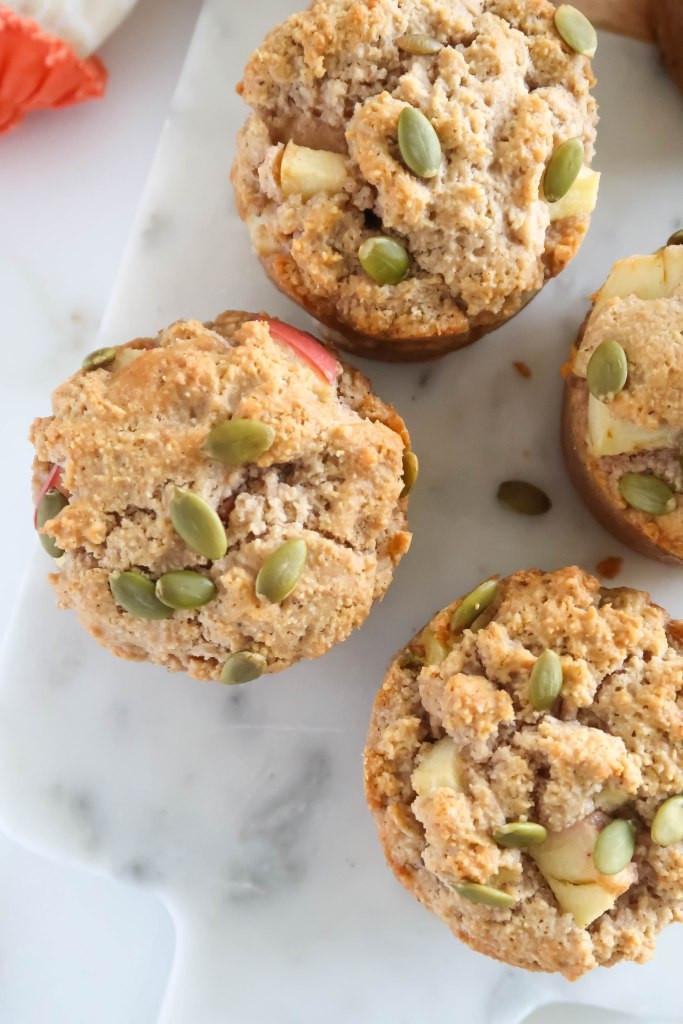 healthy apple cinnamon muffins