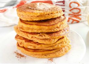 Healthy Pumpkin Pancakes (paleo, fluffy)