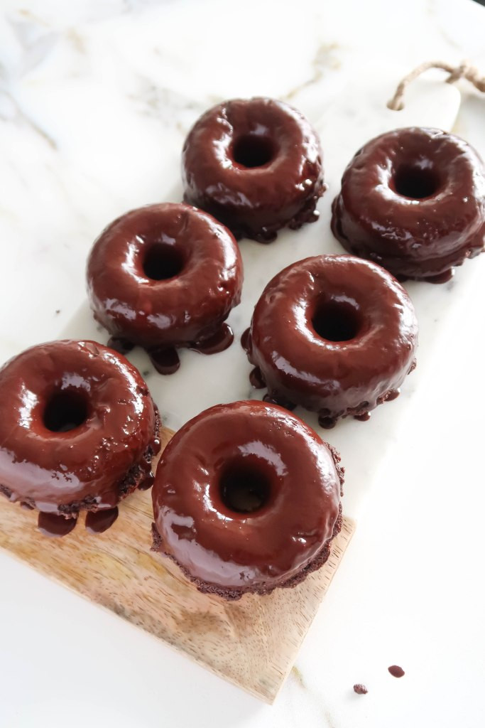 healthy chocolate donuts