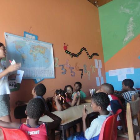 Nos Kaza in the classroom