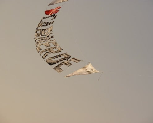 Santa Maria kite flying