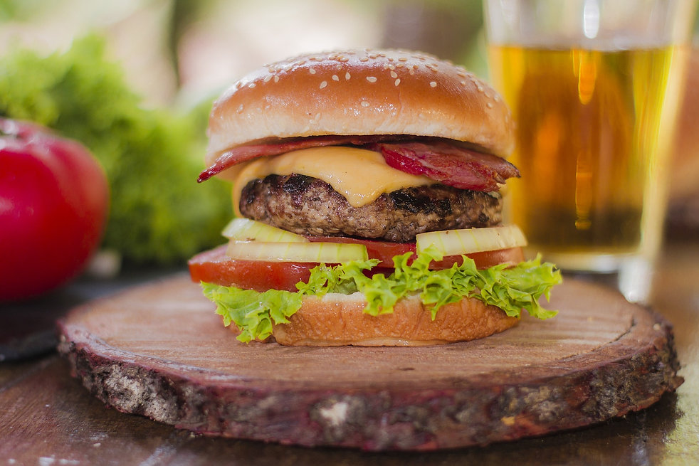 burgers-1976198_1920.jpg