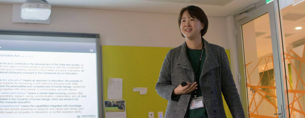 Hyunju Lee, Invited talk at Curtin University