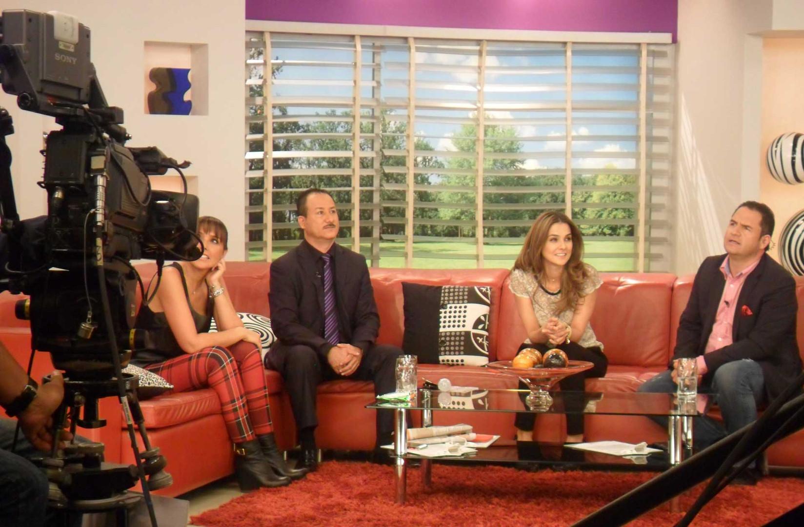 Invitado al programa Dia a Dia de Caracol television el mentalista e hipnotizador Richard Taylor