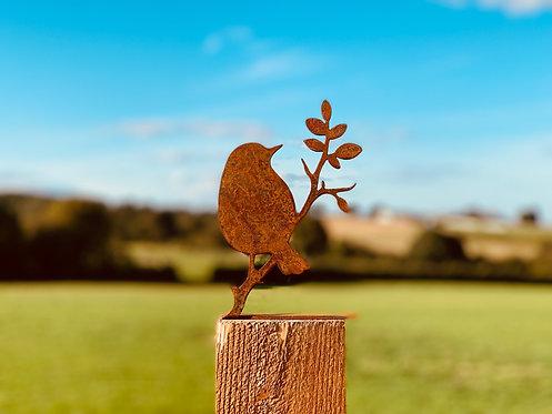 Rusty Metal Bird Silhouette Fence Topper